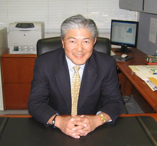 Tak Yoshikawa